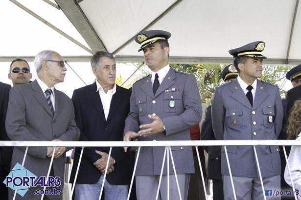 Autoridades presentes no desfile de 7 de setembro. (Foto: Fernando Noronha/PortalR3)