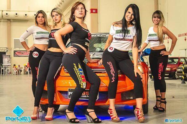 O evento também promoveu o concurso Garota Garagem X. (Foto: Fernando Noronha/PortalR3)