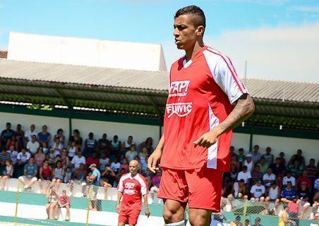 Luiz Gustavo em jogo beneficente em Pinda no final do ano passado. (Foto; Arquivo/PortalR3)