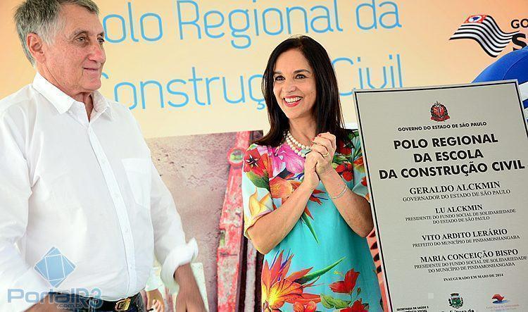 Placa inaugural do Polo de Construção Civil, que fica no Vale das Acácias. (Foto: Luis Claudio Antunes/PortalR3)