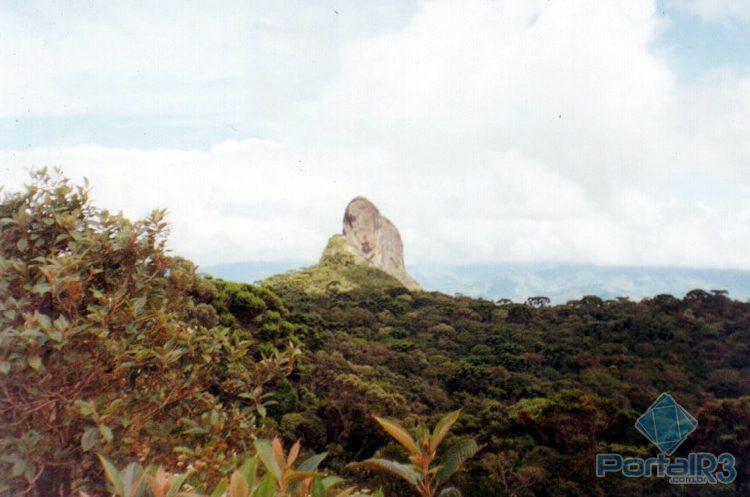 Uma das áreas verdes mais procuradas pelos visitantes é o Complexo da Pedra do Baú, também conhecido como Bauzinho, Baú e Ana Chata. (Foto: Acervo PortalR3)