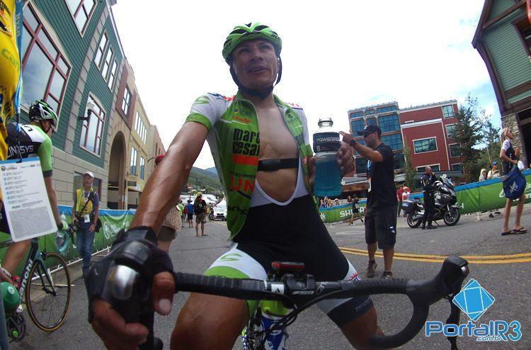 Alex Diniz na chegada da última etapa. (Foto: Luis Claudio Antunes/PortalR3)