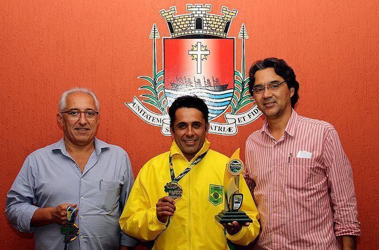 VIce-prefeito Sérgio Caribé, Sandro, e o prefeito Mauricio, no Paço Anchieta. (Foto: Disney Ferreira/PMU)