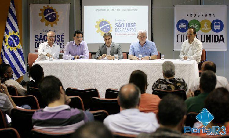 Coletiva foi realizada na sede da prefeitura de São José dos Campos. (Foto: Fernando Noronha/PortalR3)