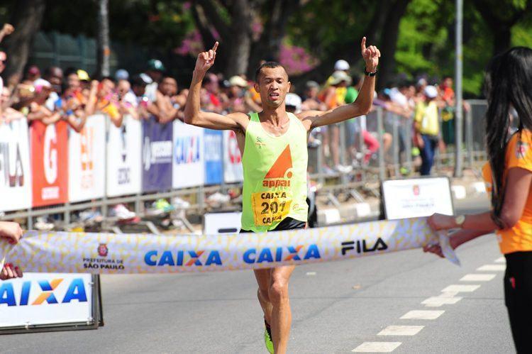 Edmilson Santana foi o melhor brasileiro, terminando em 3º lugar. (Foto: MidiaSport)