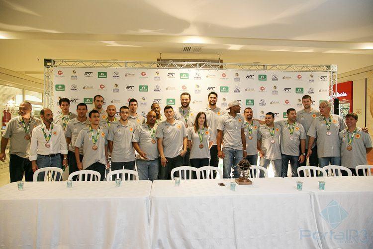 Elenco do São José para temporada 2014/2015. (Foto: Fernando Noronha/PortalR3)