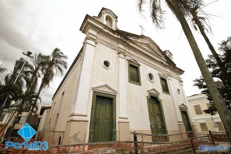 Fachada da Igreja São José em Pinda. (Foto: Luis Claudio Antunes/PortalR3)
