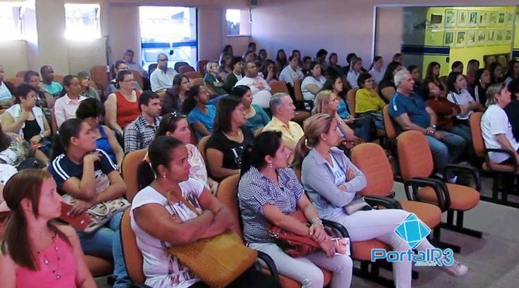 Evento aconteceu no auditório da Santa Casa e reuniu profissionais e estudantes da área de Saúde. (Foto: PortalR3)