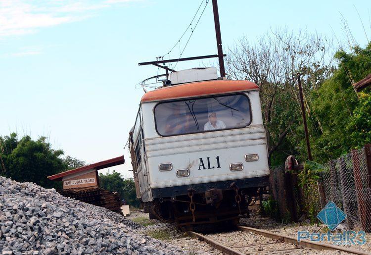 Trem faz o percurso do centro de Pinda até o bairro Piracuama, zona rural da cidade. (Foto: Luis Claudio Antunes/PortalR3)