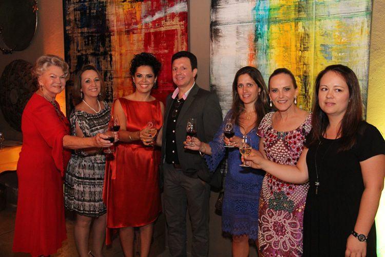 As idealizadoras comemoraram com os convidados o sucesso de mais uma edição. (Foto: André Ferrasreco/Divulgação)