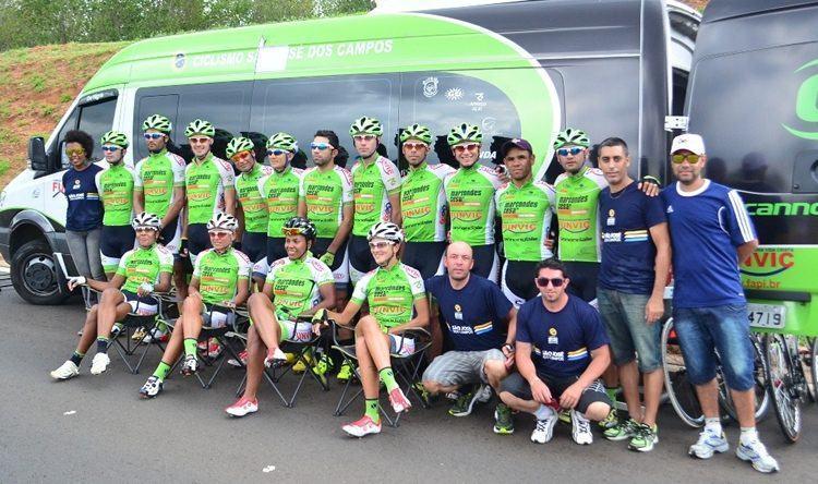 Equipe de ciclismo de São José dos Campos em Bauru. (Foto: Tião Martins/PMSJC)
