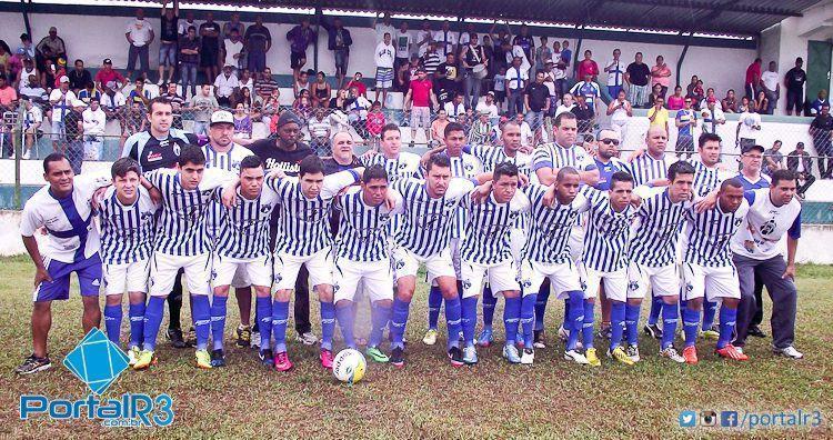Araretama comemora o título da temporada 2014. (foto: Chico de Paula/PortalR3)
