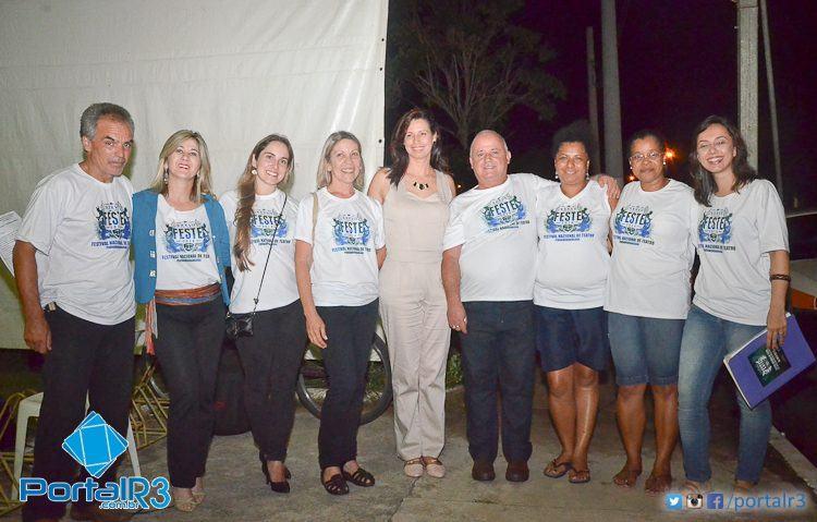 Equipe da Cultura, que foi responsável pela elaboração e execução do Feste. (Foto: Luis Claudio Antunes/PortalR3)