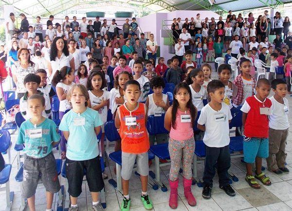 Em 2013, a Feira Literária reuniu um ótimo número de alunos. (Foto: Vanessa de Paula)