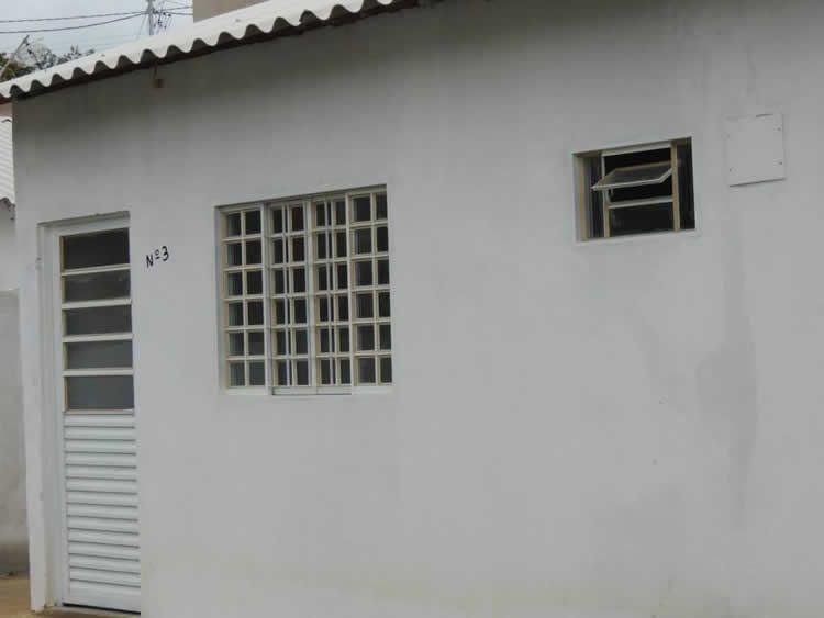 A solenidade contou com a presença de autoridades e moradores do bairro Olaria. (Foto: Divulgação/PMC)