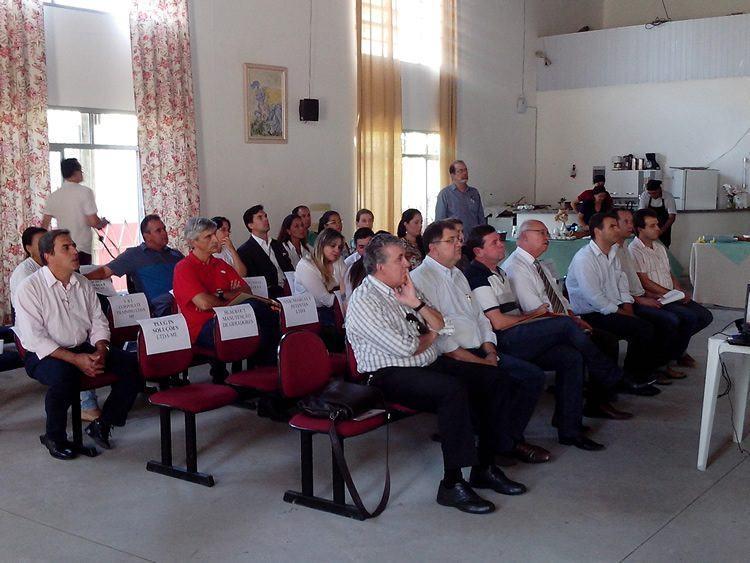 Os empresários puderam acompanhar palestras gratuitas sobre boas práticas na manipulação de alimentos e economia criativa. (Foto: Divulgação/Sebrae)