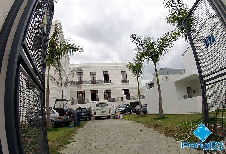 Vista dos fundos do Palacete 10 de Julho. (Foto: Luis Claudio Antunes/PortalR3)