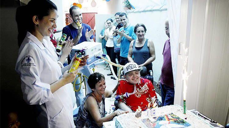 Alan Marques comemorou o aniversário em casa junto com a família. (Foto: Antônio Basílio/PMSJC)