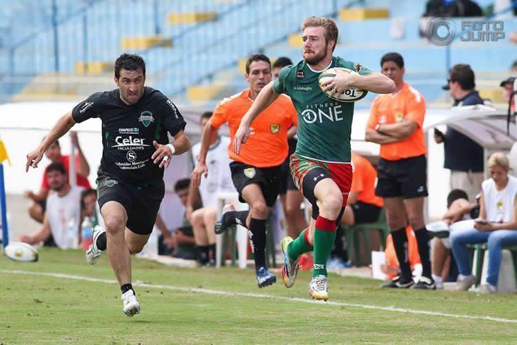 Competição aconteceu no estádio Martins Pereira, em São José dos Campos. (Foto: FotoJump)