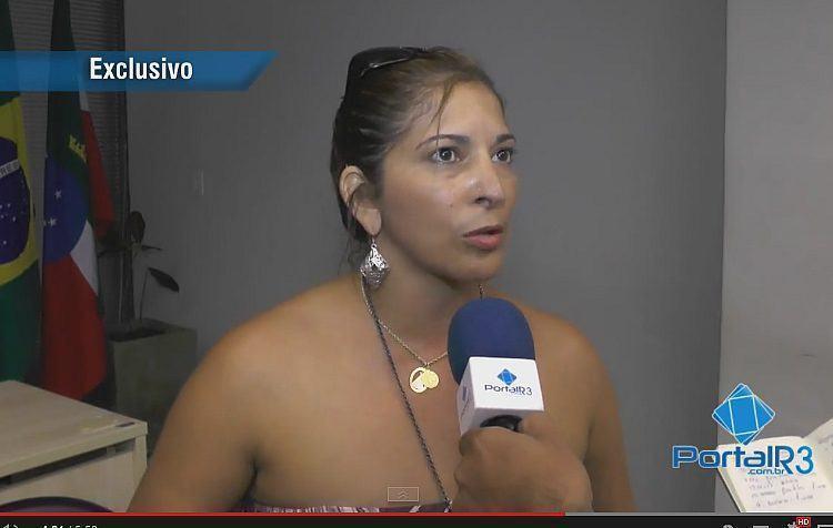Gislene, diretora de Turismo, falou detalhes da programação de 2015. (Foto: PortalR3)