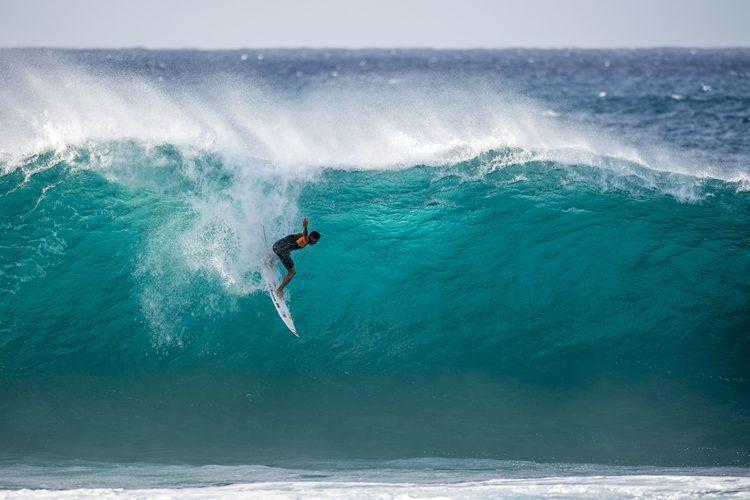 Gabriel Medina em ação no Havaí. (Foto: Trevor Moran/ Red Bull Content Pool (02/12/2014)