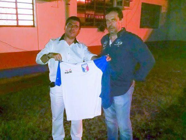 No comando da equipe do Vale do Paraíba, Telê afirma que pretende ser arrojado e ao mesmo tempo inovador em seus métodos de trabalho. (Foto: Divulgação/Assessoria de Imprensa do Guaratinguetá Futebol Ltda.)