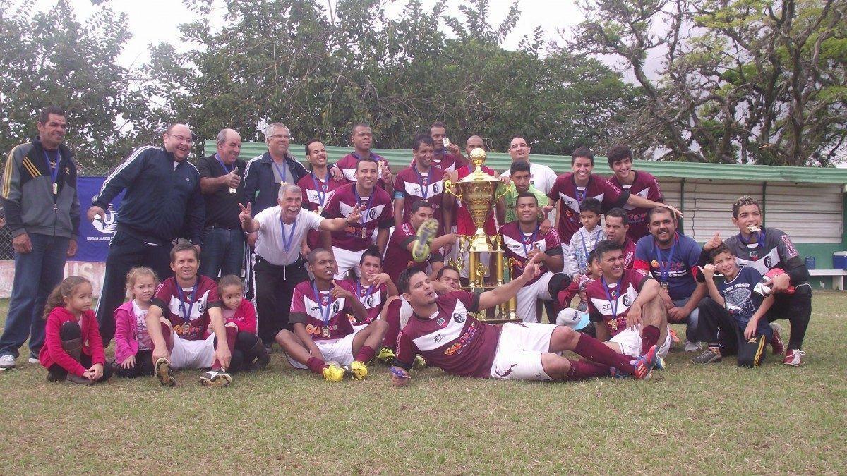 Unidos do Jardim Reznde FC