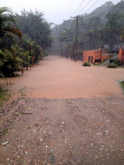 Chuvas provocaram estragos e Defesa Civil continua em estado de atenção. (Foto: divulgação/PMSS)