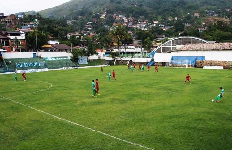 Lance da partida entre Guarani e Vila Nova, com vitória do time de Campinas. (Foto: Josefh Flore/PMI)