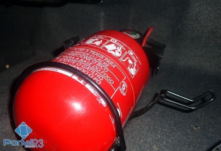 O Departamento Nacional de Trânsito (Denatran), decidiu adiar por 90 dias a obrigatoriedade do uso do extintor de incêndio veicular com carga ABC. (Foto: Luis Claudio Antunes/PortalR3)