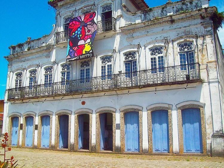 Objetivo é divulgar e fortalecer a cultura e os artistas da cidade no mês de maior fluxo de turistas do ano. (Foto: Divulgação/PMU)