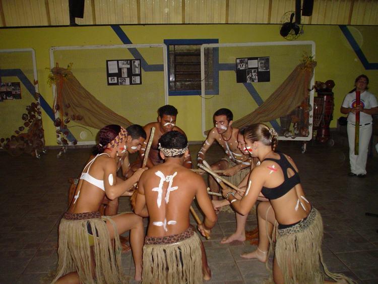 O Maculelê foi considerado uma arte marcial. (Foto: Divulgação/Sesc)