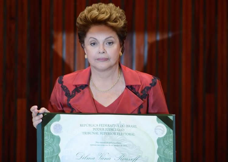 Na mensagem, Dilma presta condolências aos parentes das vítimas do atentado e expressa também ao presidente da França, François Hollande, e ao povo francês, a solidariedade de seu governo e da nação brasileira. (Foto: Valter Campanato/Agência Brasil)