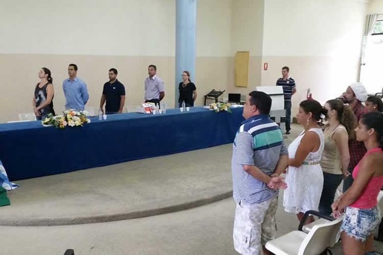 A celebração contou com a presença de familiares dos formandos e autoridades, (Foto: Divulgação/PMU)