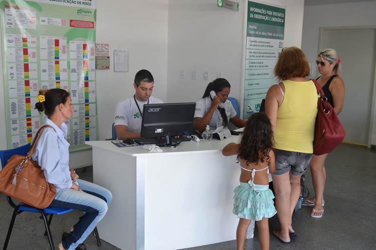 Segundo registros da secretaria de Saúde, de 26 a 31 de dezembro de 2014, passaram diariamente pela UPA cerca de 500 pacientes. (Foto: Talita Fernanda/PMC)