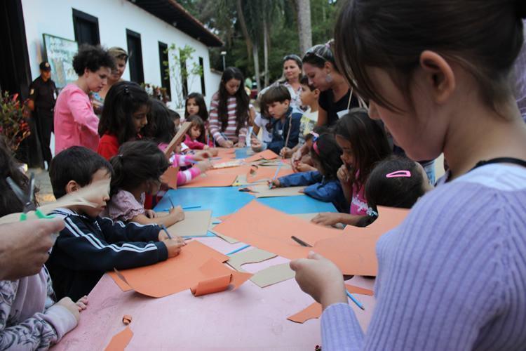 O contato com a obra de Monteiro Lobato se inicia logo às 9h, com a presença dos personagens do Sitio para uma interação com as crianças. (Foto: Divulgação/PMP)