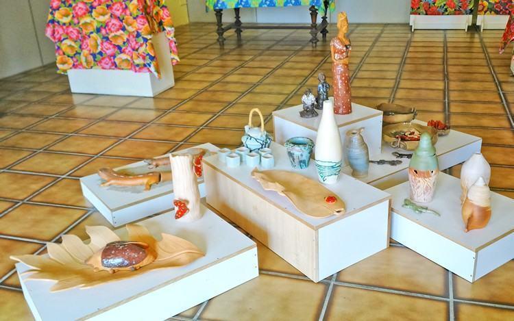 """Uma das exposições realizada no Deppat é a """"""""Diferentes Olhares do Território Caiçara"""". (Foto: Luciano Vieira/PMSS)"""