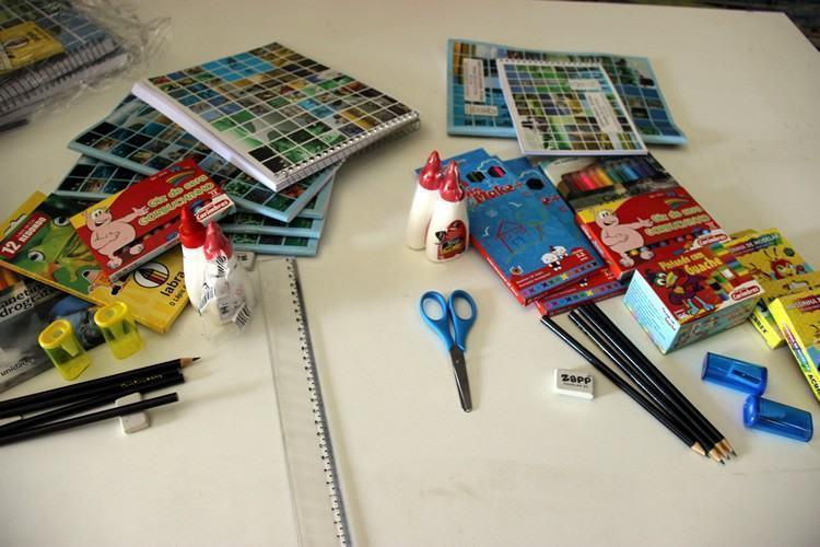 Alunos da Educação Infantil até o Ensino Médio da rede municipal irão receber o kit. (Foto: Divulgação/PMT)