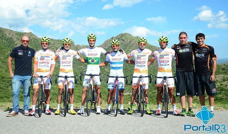 Equipe de São José dos Campos. (Foto: Luis Claudio Antunes/PortalR3)