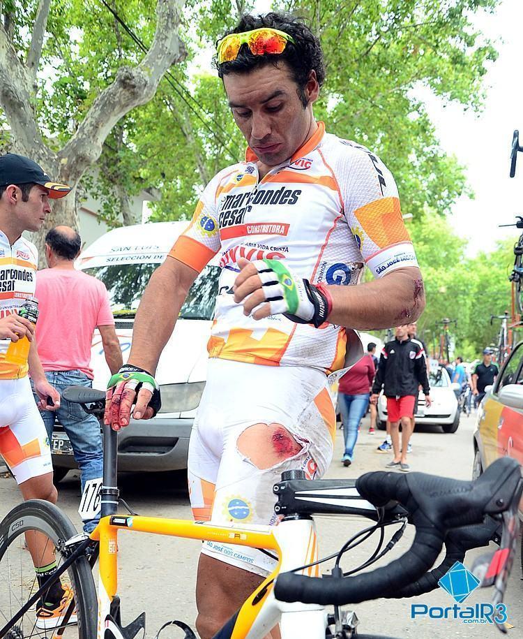 Chamorro teve várias escoriações pelo corpo, mas sem gravidade. (Foto: Luis Claudio Antunes/PortalR3)