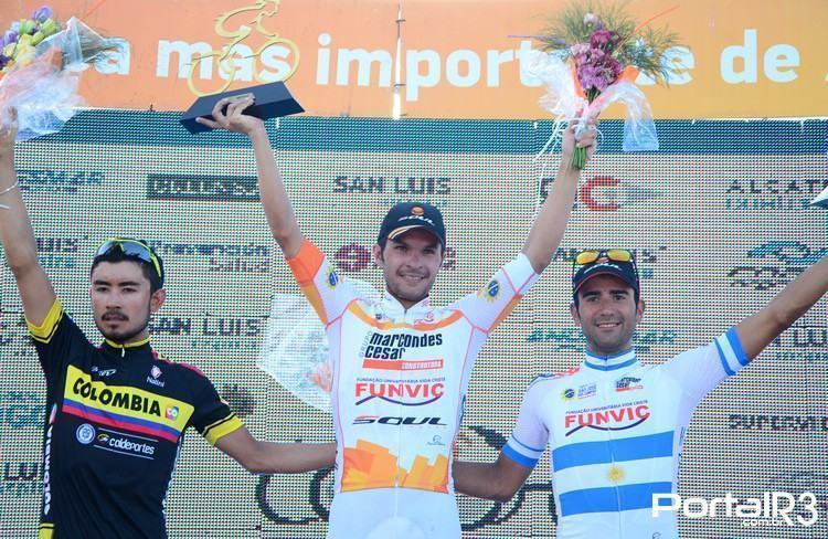 Pódio da 6ª etapa com Kleber Ramos, Torres e Díaz. (Foto: Luis Claudio Antunes/PortalR3)
