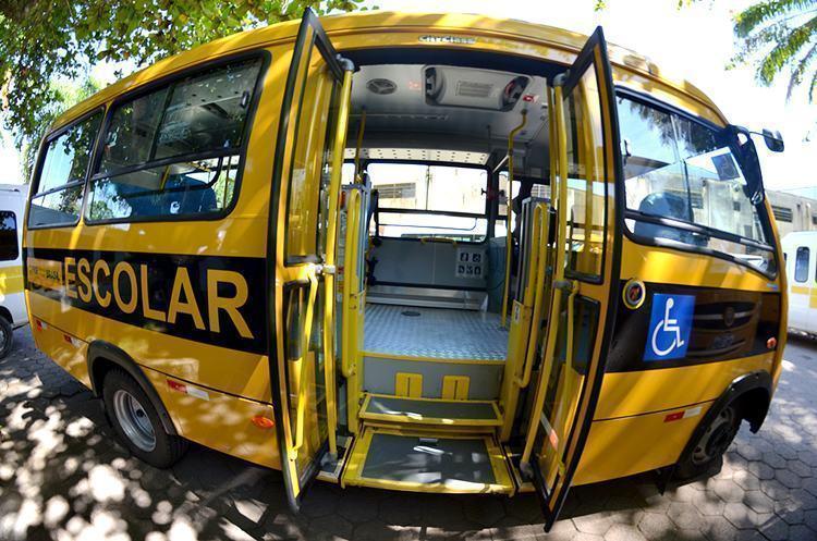 O veículo é equipado para levar 15 crianças e dois cadeirantes por vez. (Foto: Divulgação/PMU)
