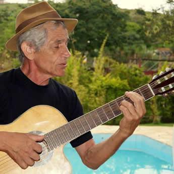Deo trará canções inéditas, composições inspiradas na sua vivência no Vale do Paraíba. (Foto: Divulgação/AJFAC)