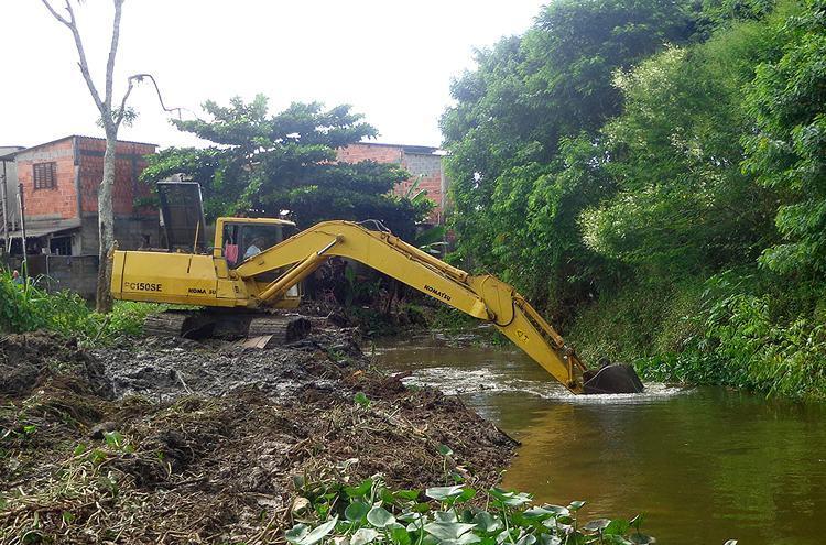 Centro de Monitoramento indica grandes possibilidades de alagamentos em função dos rios e córregos que cruzam  a cidade. ( Foto: Divulgação/PMU)