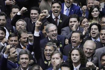 Eduardo Cunha é eleito em primeiro turno presidente da Câmara com 267 votos. (Foto: Wilson Dias/Agência Brasil)