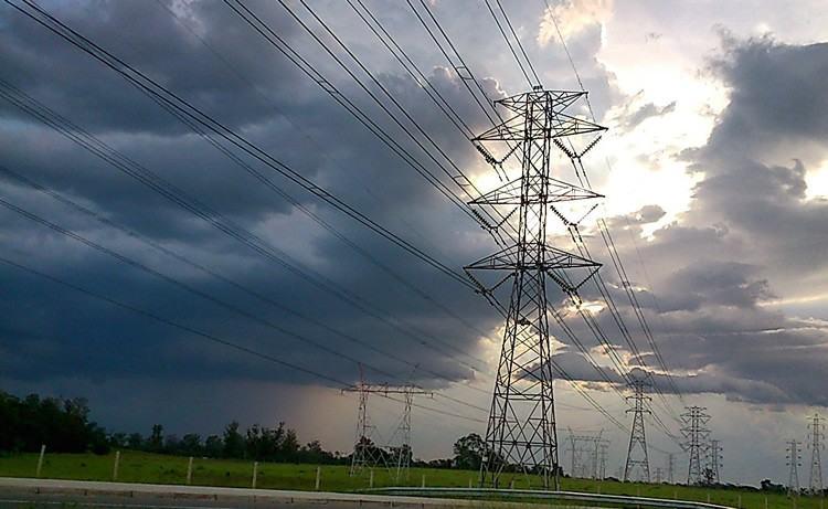 O risco de déficit de energia no país nas regiões Sudeste e Centro-Oeste subiu de 4,9% em janeiro para 7,3% este mês. (Foto: PortalR3)