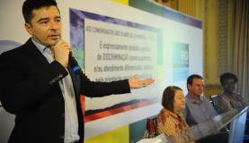 Prevenção é responsabilidade de cada um, diz Carlos Tufvesson,  coordenador  especial  da  Diversidade Sexual  da  Prefeitura. (Foto: Tânia Rêgo/Agência  Brasil)