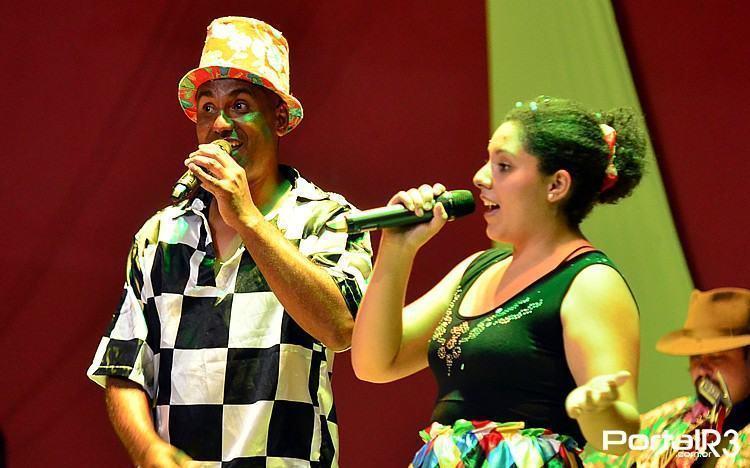 Guilherme e Fernanda durante apresentação em Taubaté. (Foto: Luis Claudio Antunes/PortalR3)