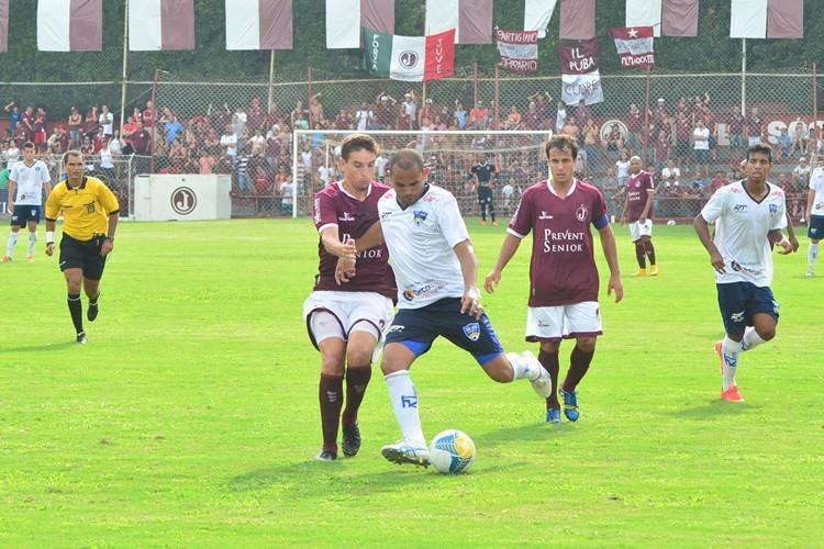 Equipe joseense venceu o Juventus por 1 a 0 em gol de bola parada. (Foto: Tião Martins/TM Fotos)