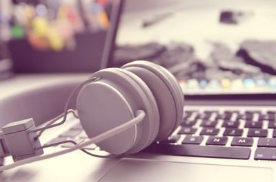 Sesc Taubaté oferece a oficina de Podcasting para criação e compartilhamento de programas de áudio. (Foto: Divulgação)